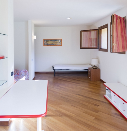 Apartment Buca 8